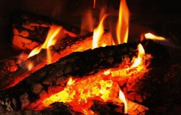 Ao carón do lume